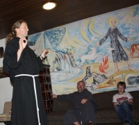 Z birmanci na duhovnem vikendu na Prežganju